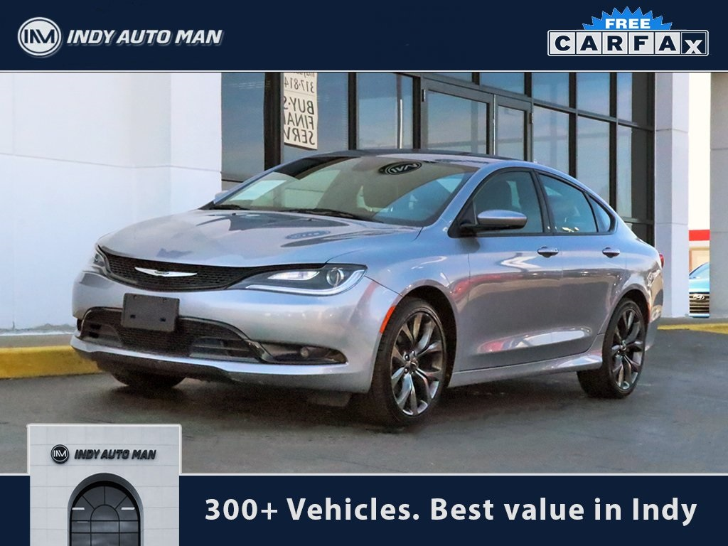 2015 Chrysler 200 For Sale >> Pre Owned 2015 Chrysler 200 S 4d Sedan In Indianapolis G06129