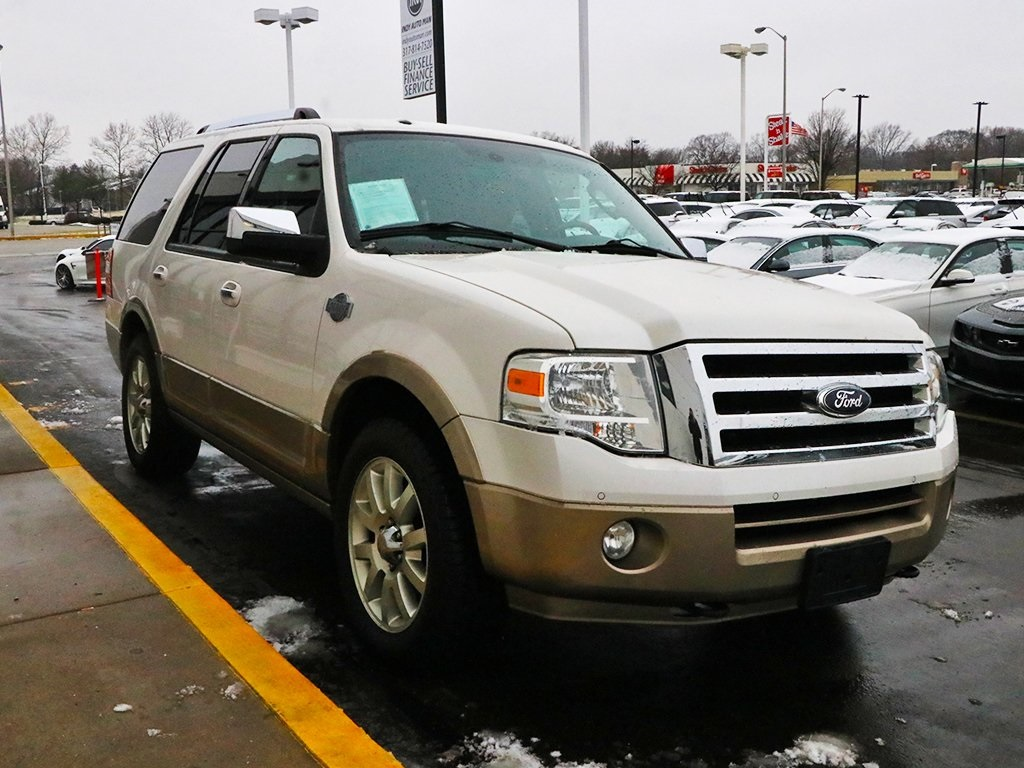 Pre-Owned 2013 Ford Expedition