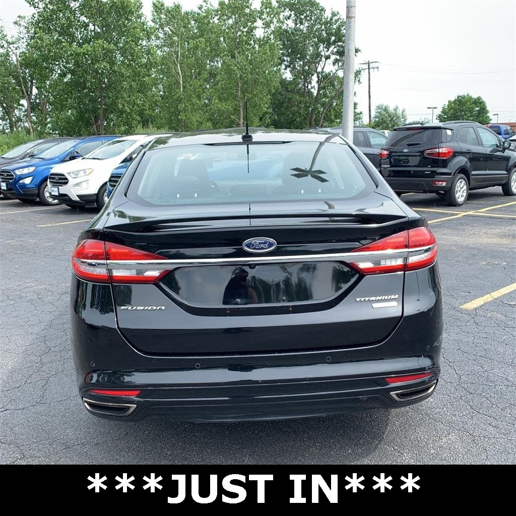 Pre-Owned 2017 Ford Fusion Titanium