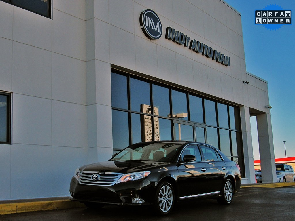 Pre-Owned 2012 Toyota Avalon Limited