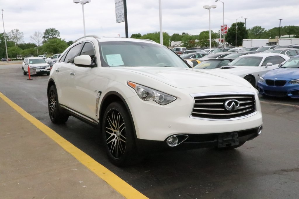 Pre-Owned 2014 INFINITI QX70 Base