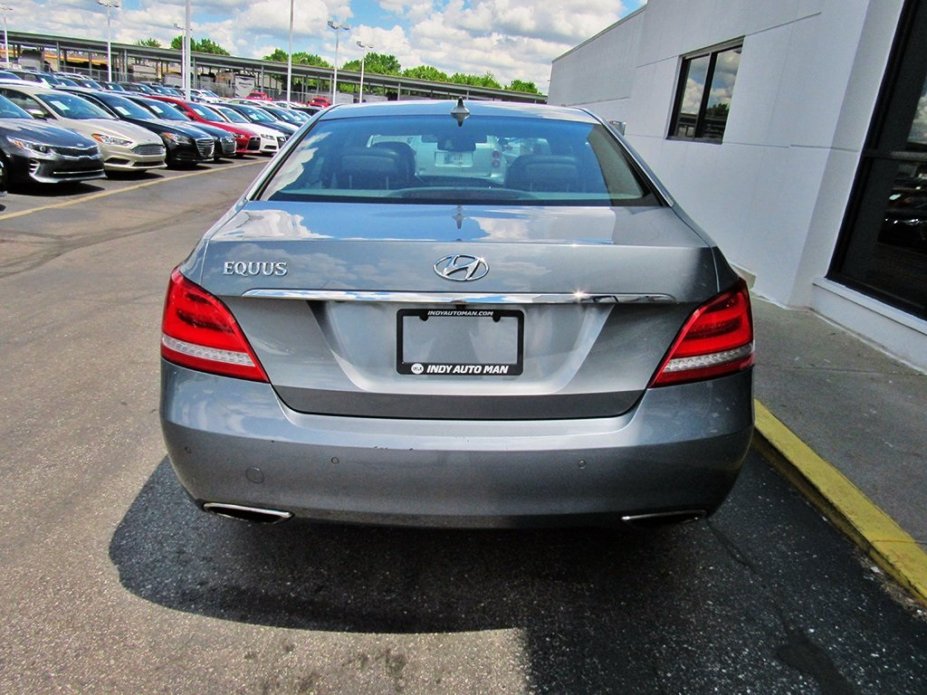 Pre-Owned 2016 Hyundai Equus Ultimate