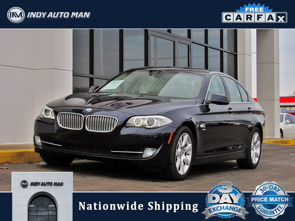 Pre-Owned 2012 BMW 5 Series 550i xDrive